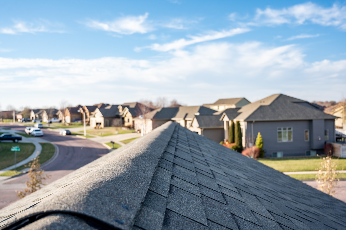 Why Choose Asphalt Shingles For Your New Roof?
