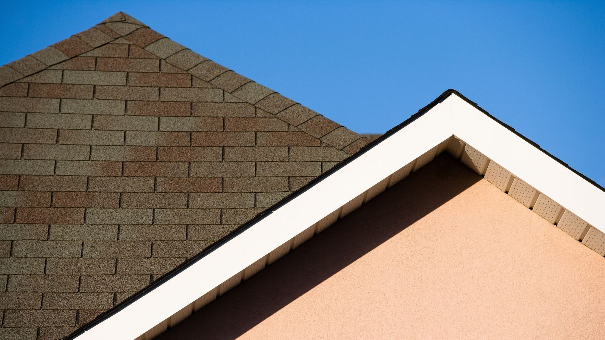 3 Reasons Why You Should Get Your Roof Inspected By a Local Roofing Contractor